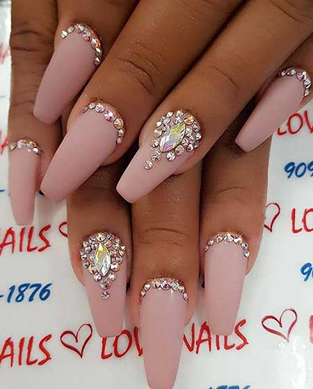 22 Cool Rhinestone Designs on Nails – Nail Art Designs 2017