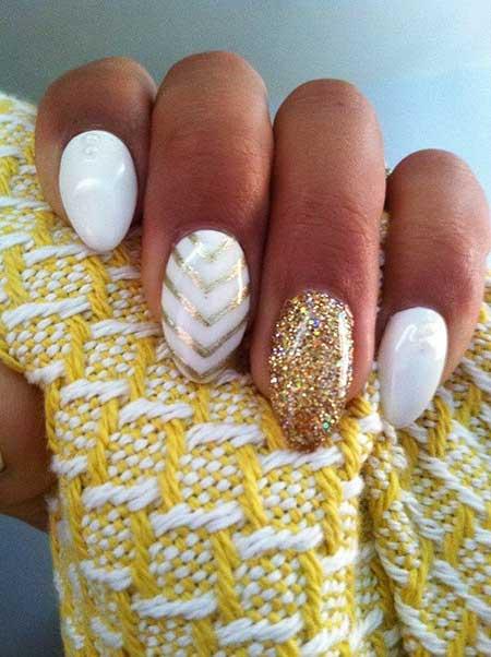 Nail, Gold, Gold Nail, Glitter, Glitter Nail, Accent Nail, White