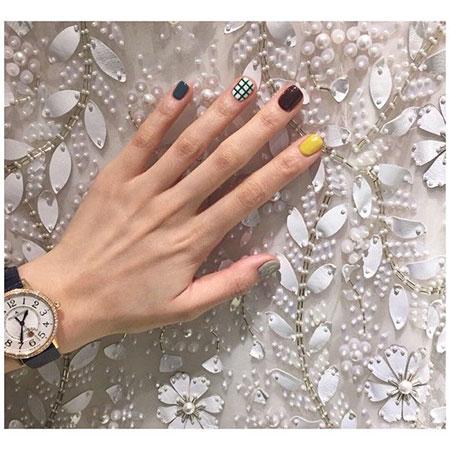 Short Pretty Ring Design