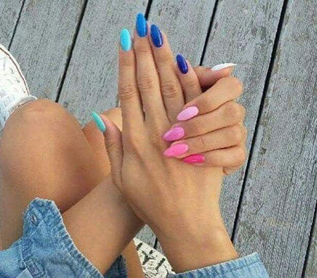 Elegant Manicure Design Almond
