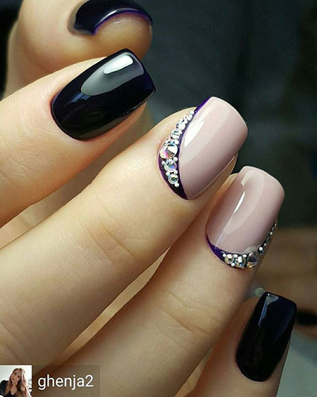 Nude and Black Nails, Nude Black Manicure Design