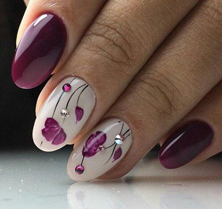 Manicure Design White Purple