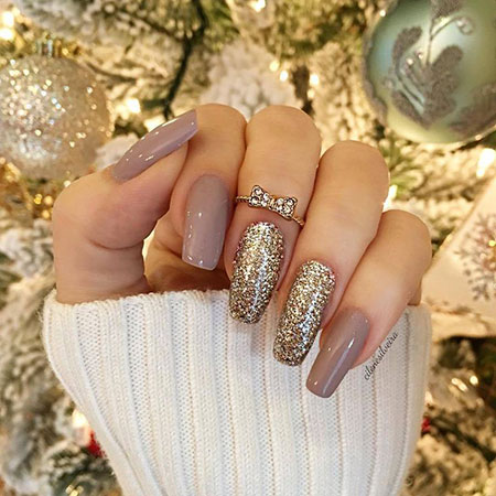 Gel Nude Glitter Ideas