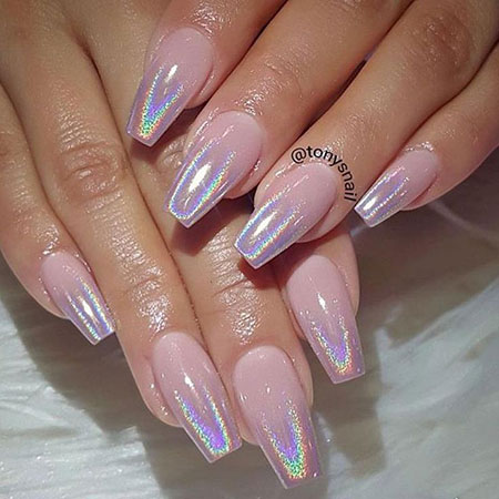 Holographic Unicorn Effect on Nails, Holographic Style Ombre Nageldesign