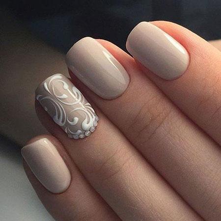 Beige Color Nails for Brides, Manicure Beige Classy Colors