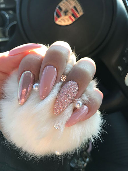 Long Nail Design 2018, Pink Stiletto Long Crystals
