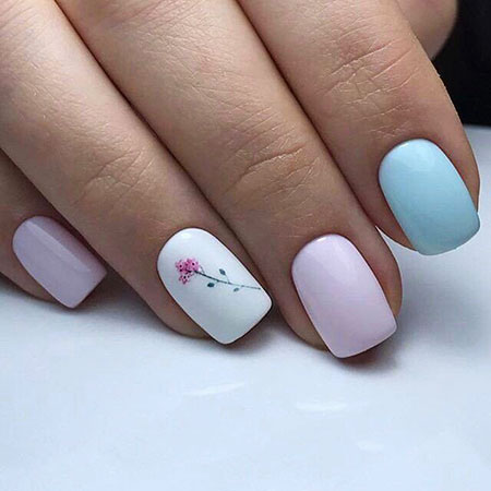 Manicure Spring Blue Pink