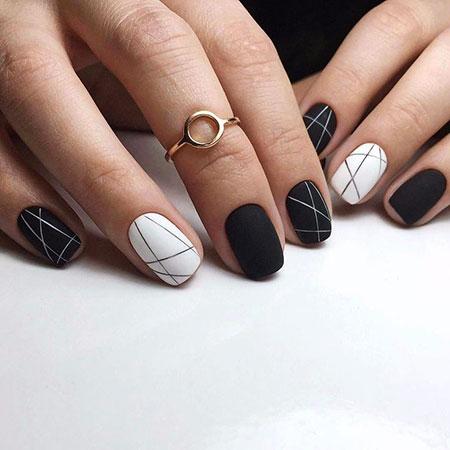 Manicure White Black