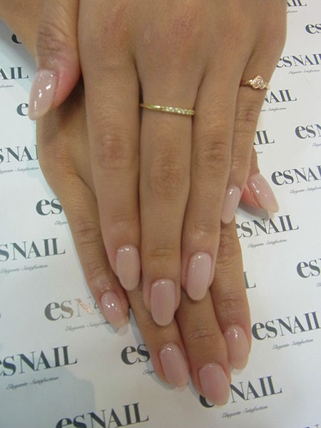 Round Natural Manicure Shaped