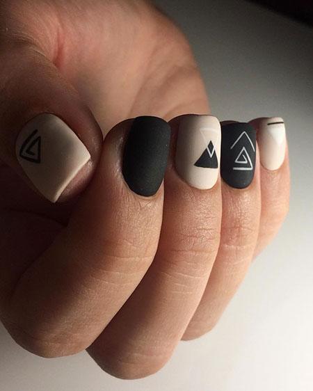 Manicure 2018 Simple