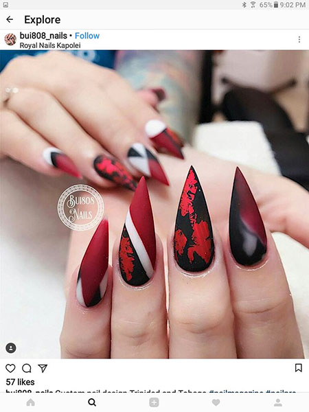 Stiletto Red Manicure Halloween