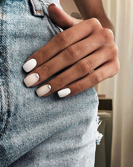 Simple and Classy, Manicure Simple Love Inspired