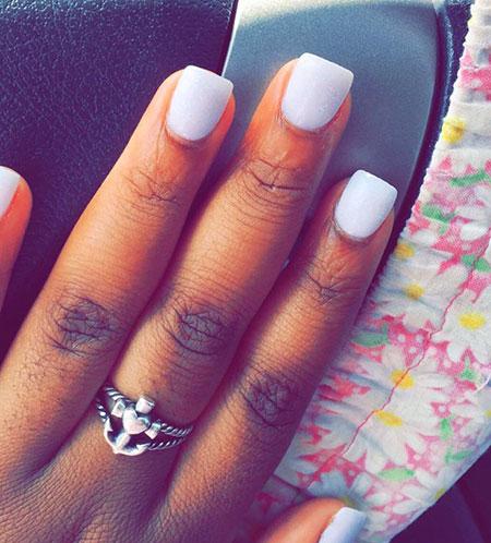 White Manicure Solar Short