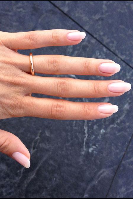 Natural Oval Nails, Gold Ring Natural 14K