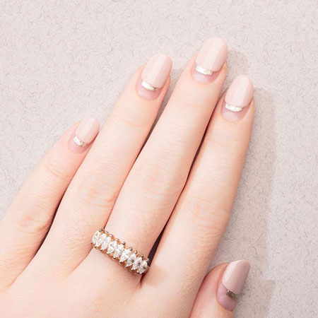 Classy Short Nail Art, Rings Engagement Diamond Trend