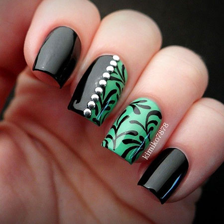 Black Green Manicure Magic