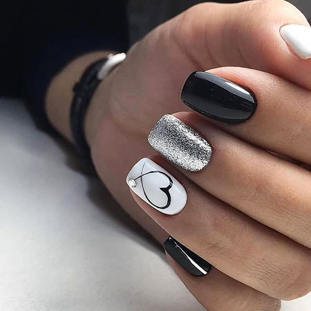 Simple Heart Nail Design, Manicure Girl Style Black
