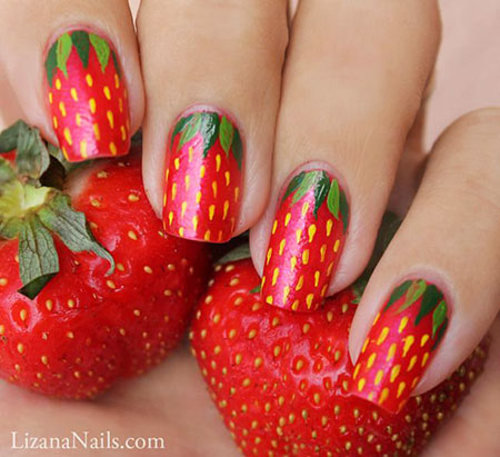 Strawberry Christmas Manicure
