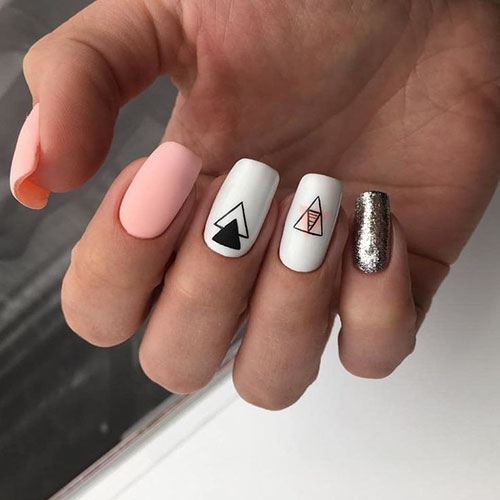 Nails In The City