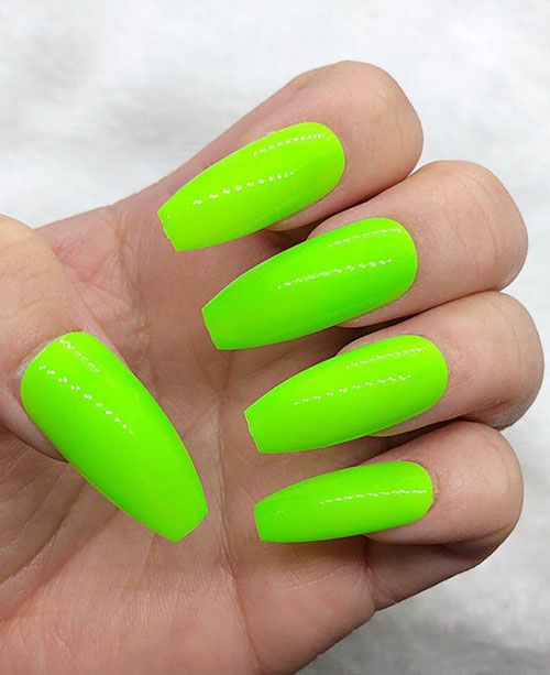 Green Nails Acrylic