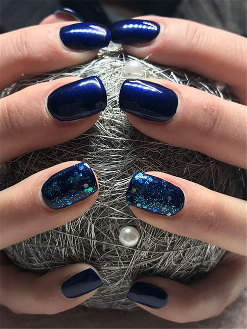 Nails Dark Blue
